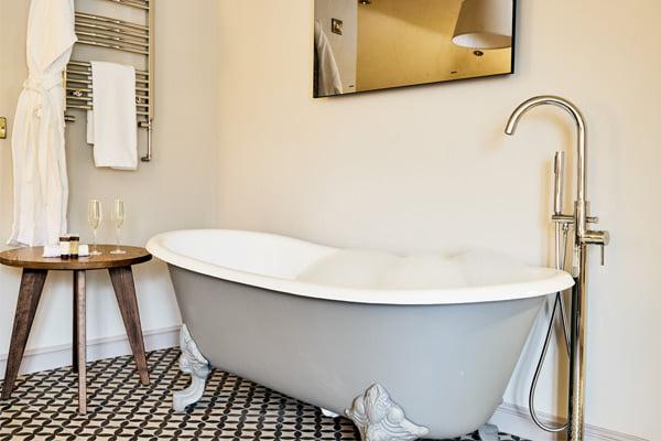 freestanding bath in honeymoon suite